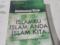 Islamku Islam Anda Islam Kita