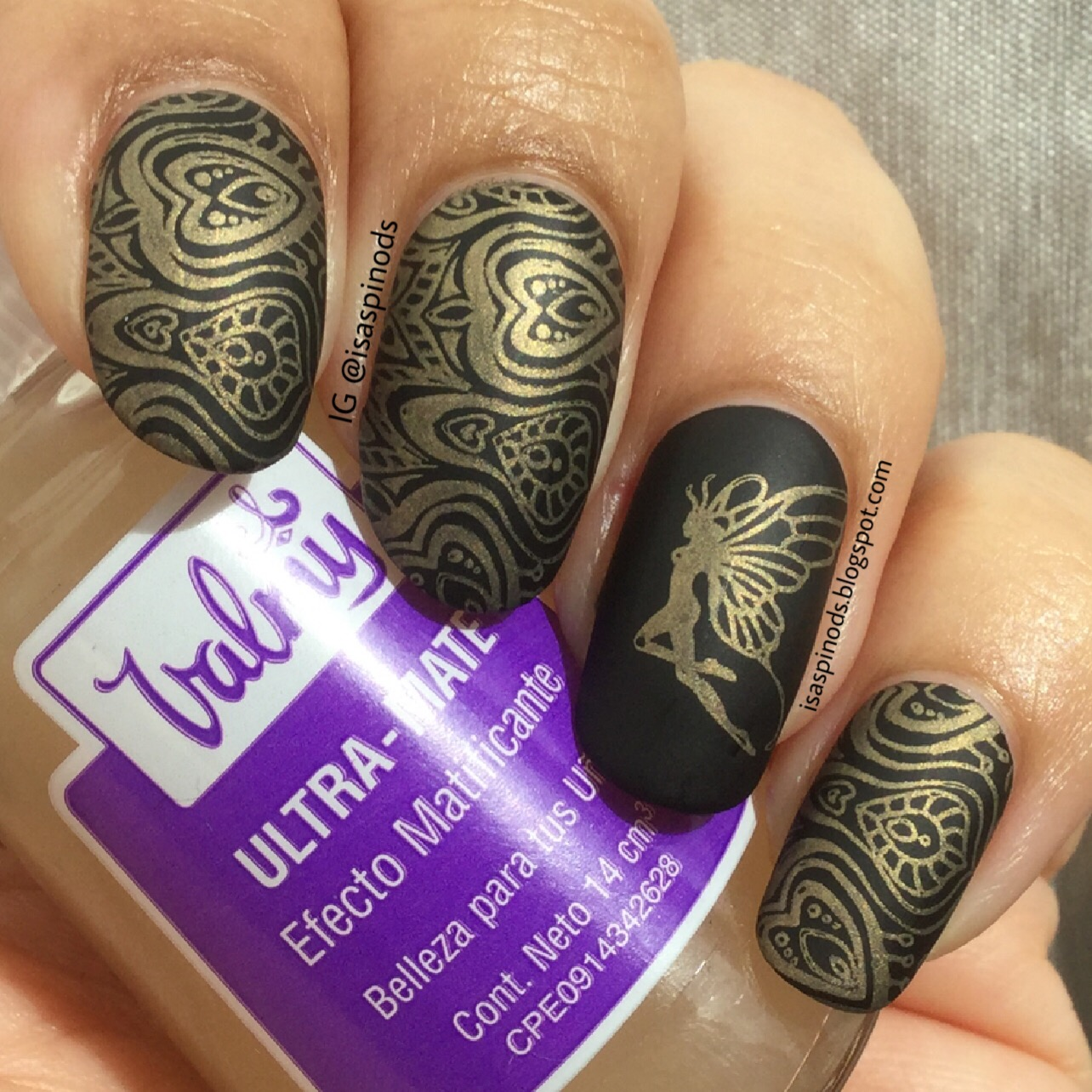 Little Fairy: Nail Art: Hada en Dorado y Negro - Stamping con Born ...