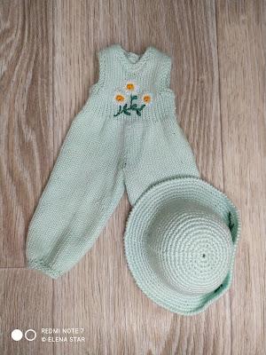 Комбинезон с шляпкой