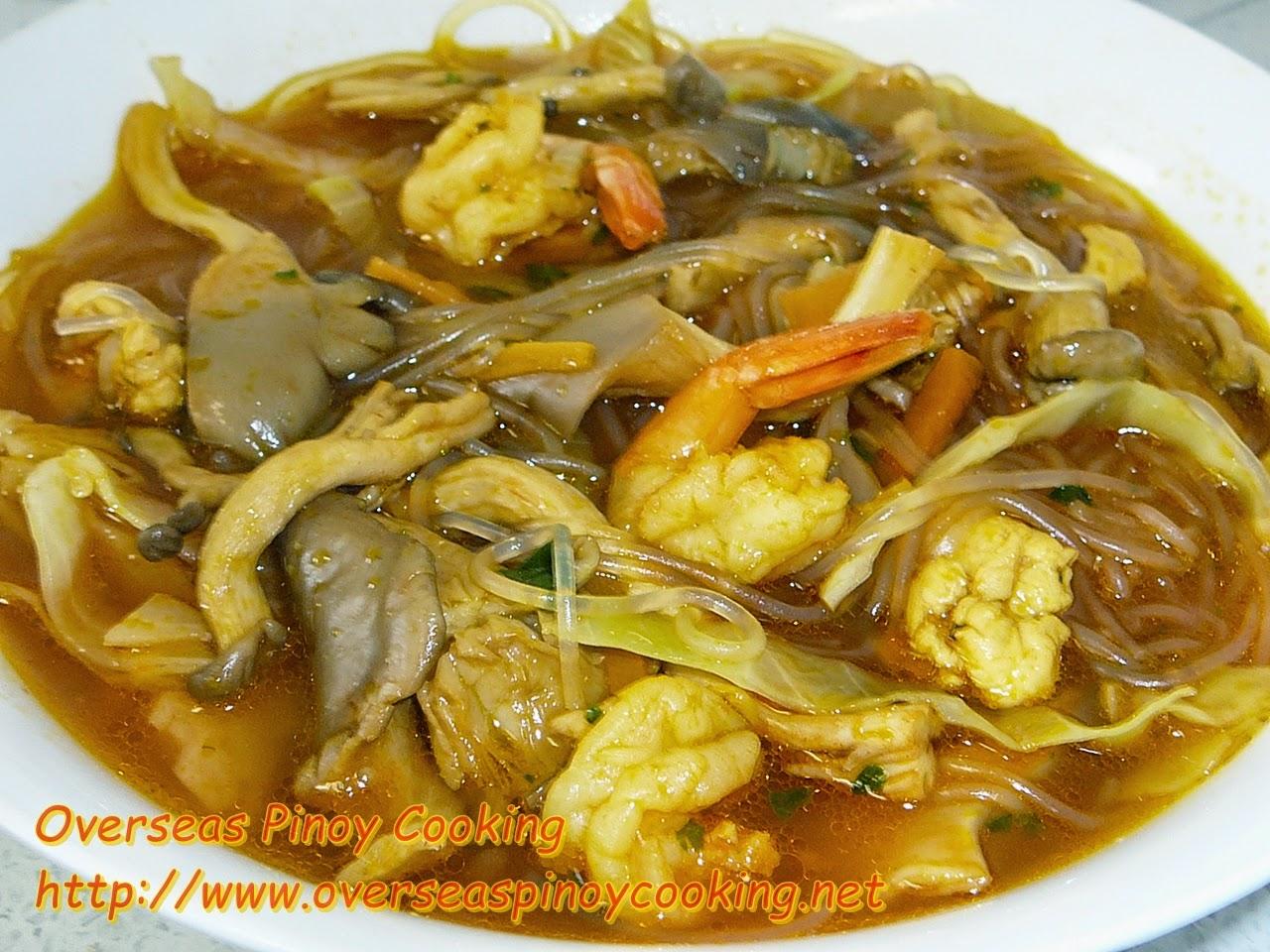 Sotanghon Noodle Soup