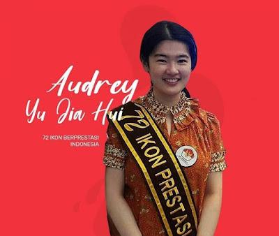 Gadis ini Sekolah SMA Cuma 11 Bulan Tetapi ditolak Semua Univ Di Indonesia