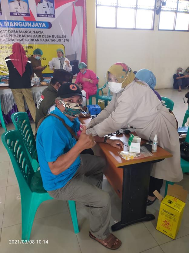 Puskesmas Mangunjaya Laksanakan Vaksinasi