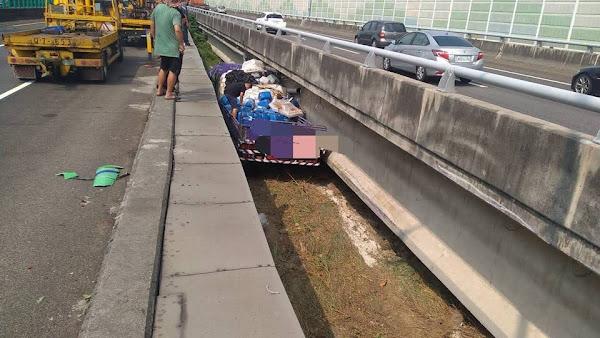 國道1號大貨車自撞衝入王田交流道兩分離橋 2輕傷送醫