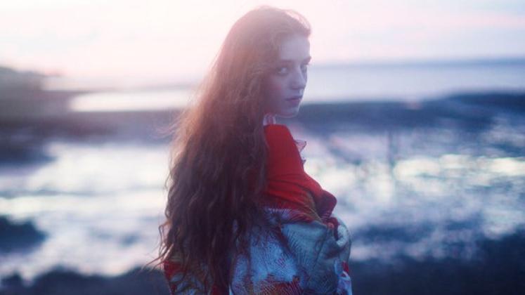 Essa é a segunda faixa liberada do terceiro álbum da moça, previsto para 26 de março.
