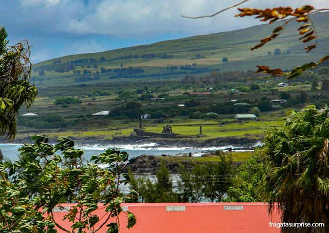 O Ahu Tahai visto do Tupa Hotel, na Ilha de Páscoa