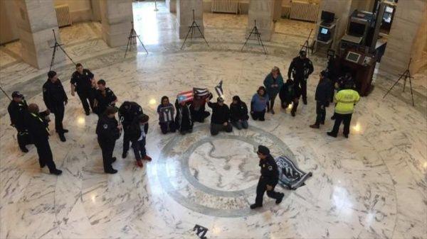Varios detenidos en EE.UU. por pedir ayuda para Puerto Rico