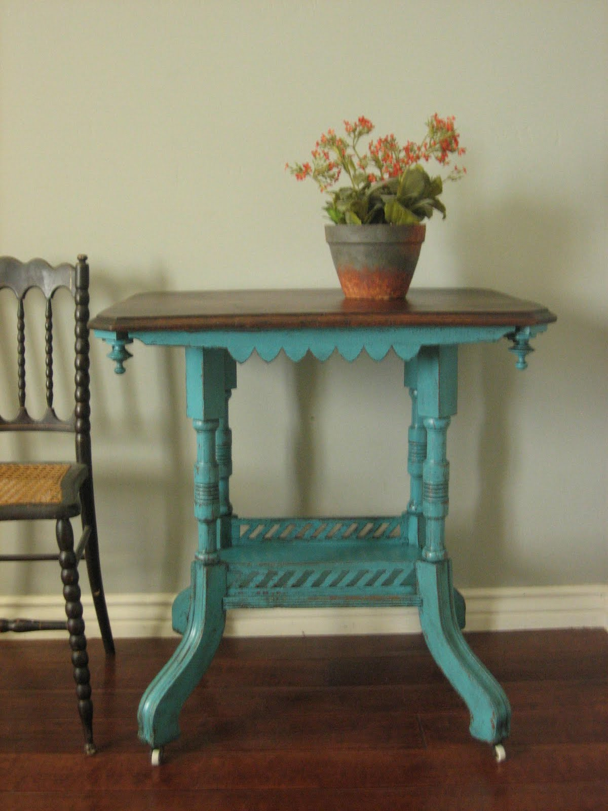 Side Table: European Paint Finishes: Teal Accent Table