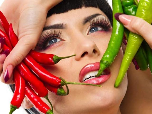 16 Bahaya Makanan Pedas untuk Kesehatan Tubuh