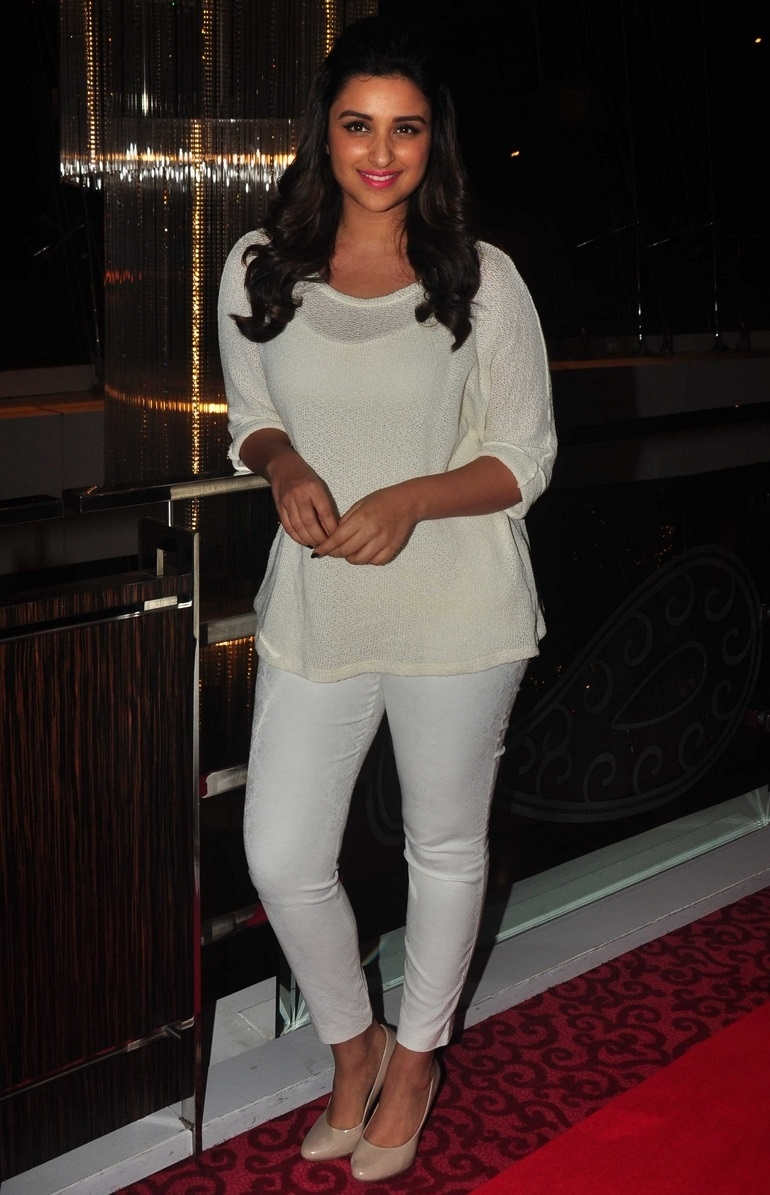 Beautiful Hindi Actress Parineeti Chopra Long Hair Photos In White Top Pant