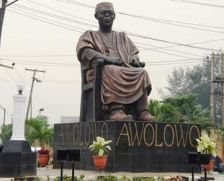 Awolowo Statue - by Hamza Atta
