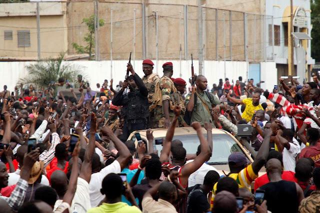 Presiden Sipil Disingkirkan, Kolonel Angkatan Darat Ambil Alih Pemerintahan