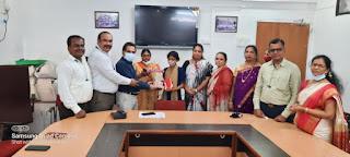 #JaunpurLive : रिक्शा चालक की बेटी ने किया मनपा का नाम रोशन