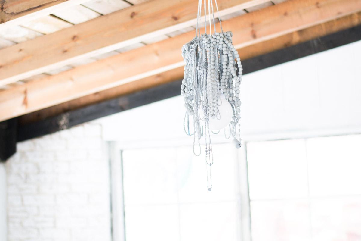Cómo hacer una Lámpara  con collares diy
