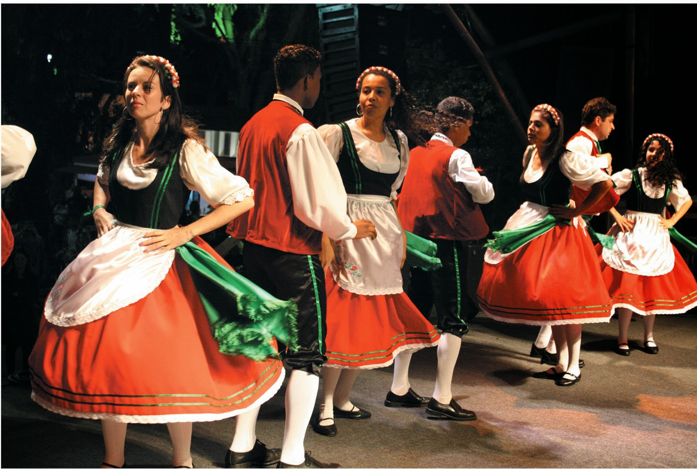 Facebook italiano baile