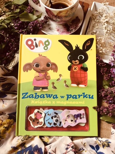 Bing zabawa w parku. Książka z magnesami