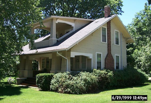 creamy yellow open-porch bungalow Sears Elmwood