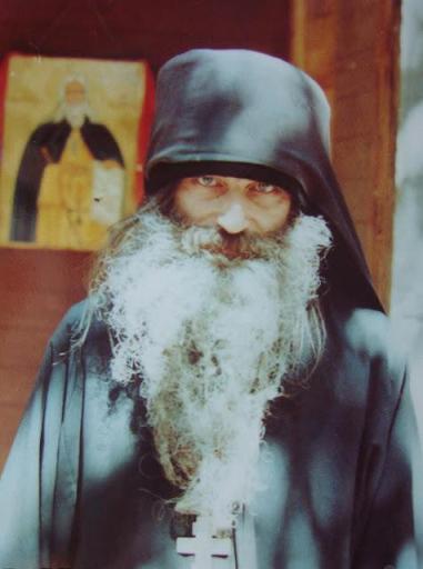 Ας ενδυναμωθούν όλοι οι Ορθόδοξοι Χριστιανοί για τη μάχη που βρίσκεται μπροστά μας!