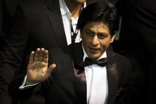 Shah Rukh Khan Yang Tak Suka Dijuluki Raja Bollywood Rupanya Memimpikan Peran Batman
