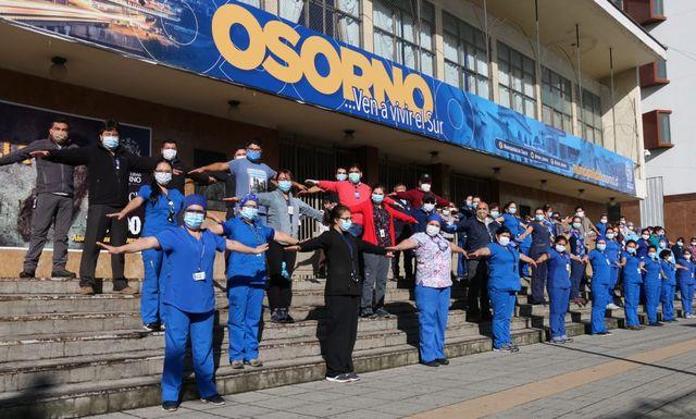 Osorno: 100 funcionarios municipales se unen para apoyar vacunación domiciliaría