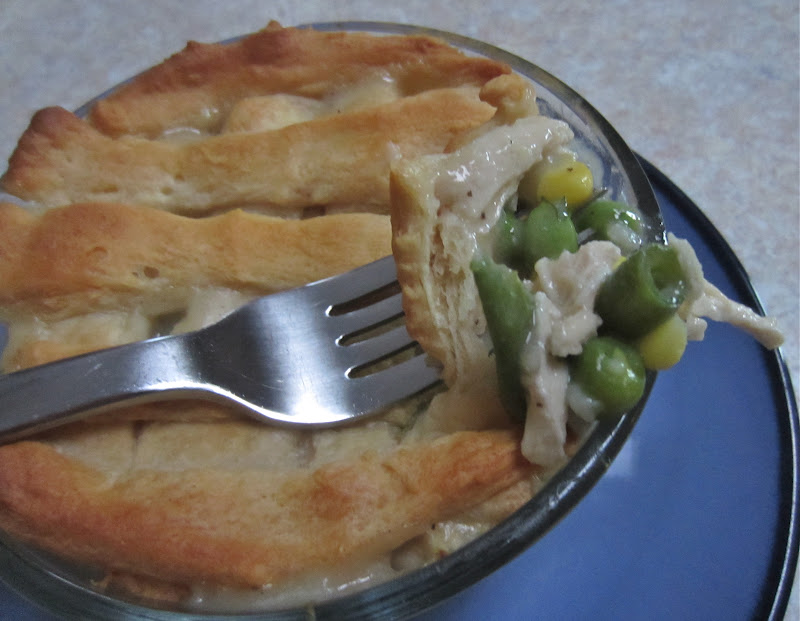 Little Mommy, Big Appetite: Skinny Mini Chicken Pot Pies