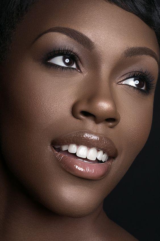 Simple Makeup Ideas for Black Women