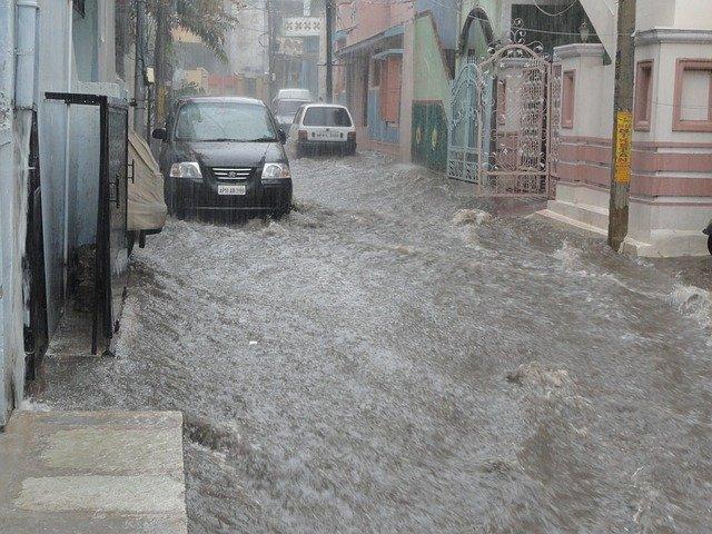 Perkiraan Banjir Akan Terjadi Sampai Bulan Maret 2020