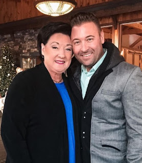 Freddy Harteis with his mother Linda