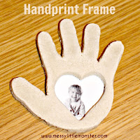 Handprint frame made from salt dough.  A simple Valentines day craft for kids.