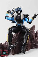 SH Figuarts Shinkocchou Seihou Kamen Rider Diend 25