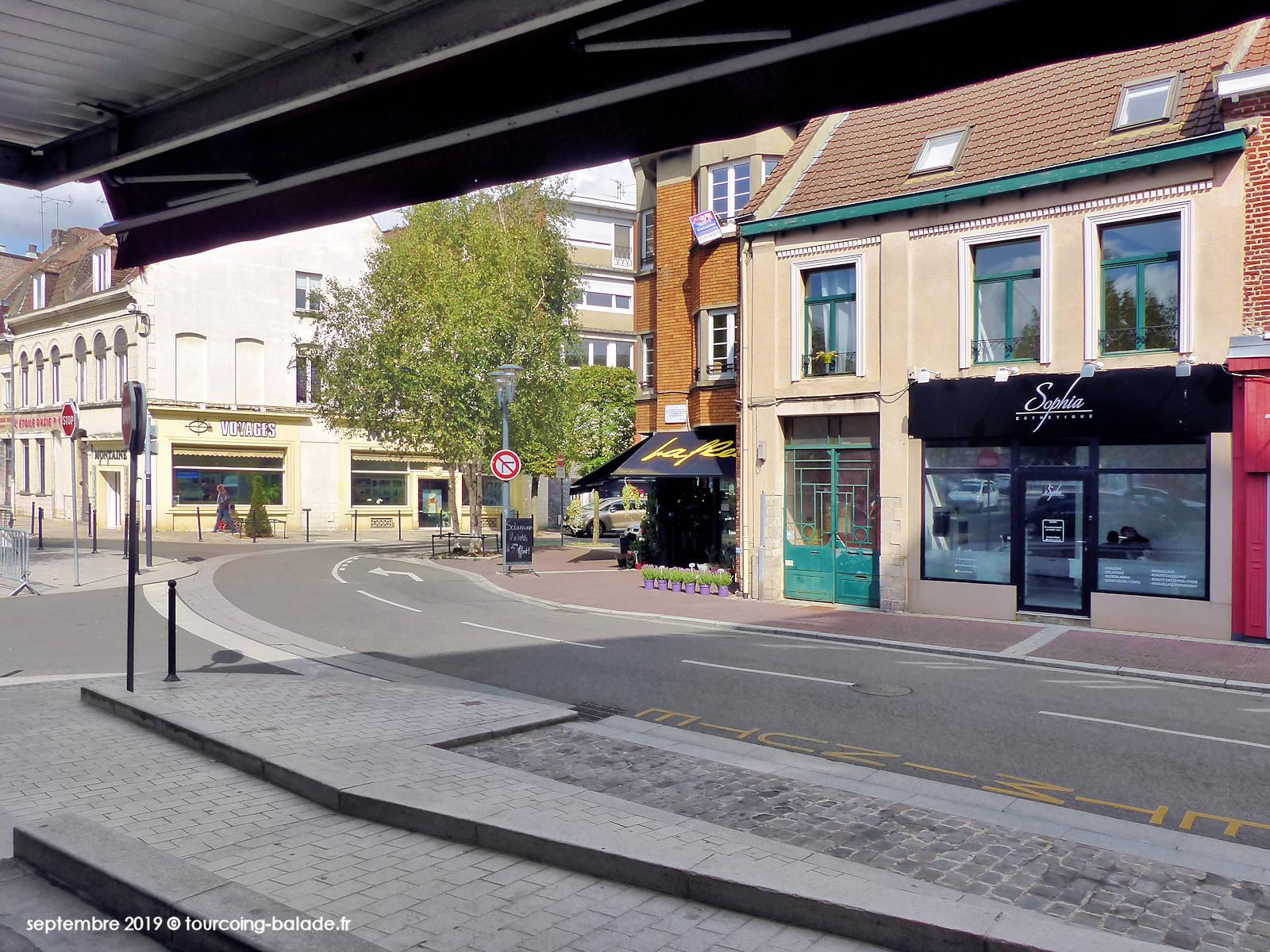Rue de Tournai, Tourcoing - Sophia Esthétique