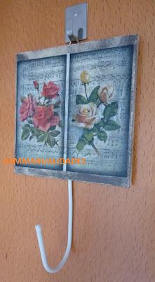 cuelgallaves-rosas-vintage