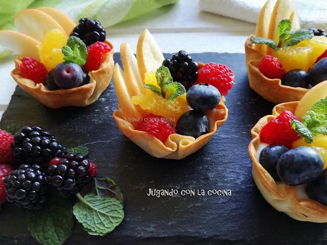Tartaletas De Frutas Y Skyr Con Miel, Inspiradas En Zoë Françoise
