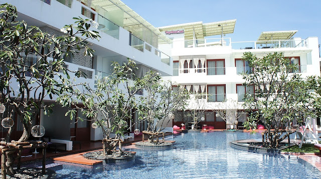 the most amazing hotel in thailand for tourist