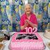 Idosa de 102 anos ganha festa de aniversário em Blumenau