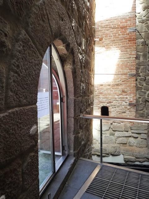porta de vidro, estílo gótico