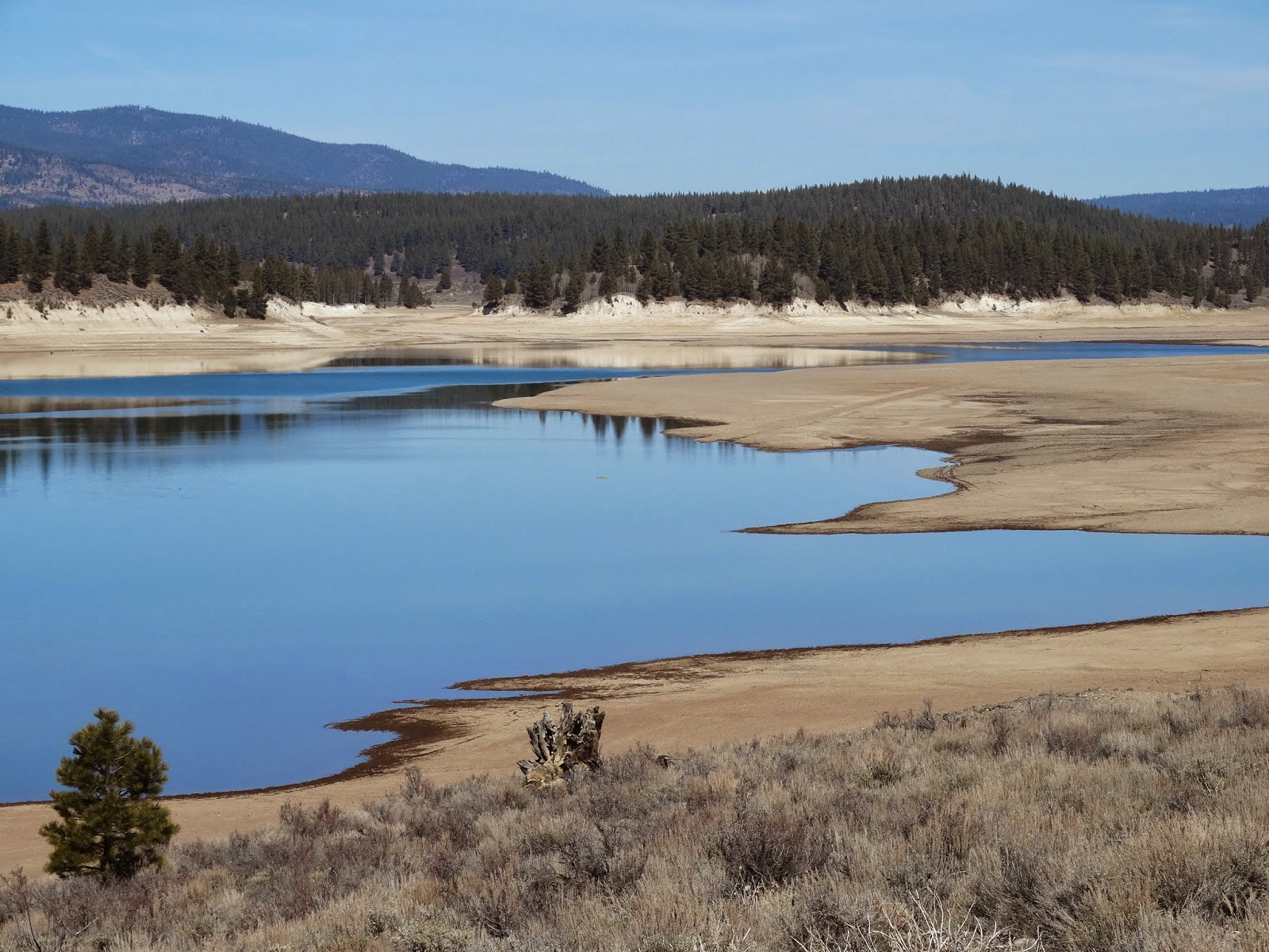 List of Synonyms and Antonyms of the Word: stampede reservoir