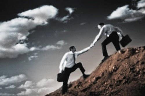 Ο άνθρωπος γίνεται άνθρωπος μόνο όταν είναι συνάνθρωπος - Πρόσεχε τον συνάνθρωπο
