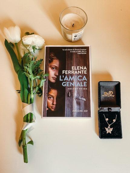 Copertina per la recensione de L'amica geniale di Elena Ferrante