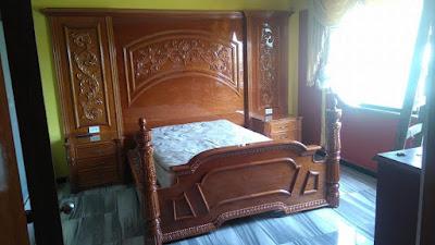 Juego de dormitorio de madera en Surco