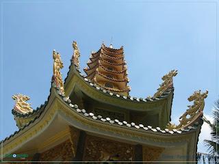 Buddhism in Vietnam : Van Duc Pagoda 01