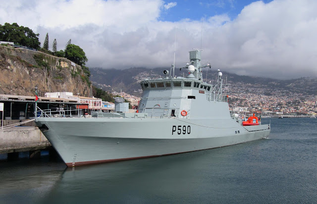 a perspective of the ship of the Portuguese Navy Tejo