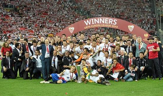 Sevilla 3 lần lên ngôi chức vô địch