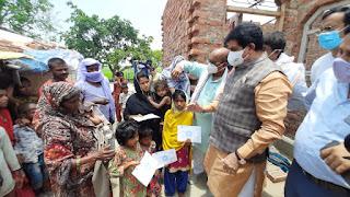 समाजसेवी ज्ञान प्रकाश सिंह ने अनाथ बच्चों को ढाई लाख की एफडी सौंपी | #NayaSaberaNetwork