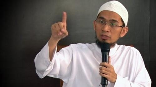 Kritik Menohok Ustadz Adi Hidayat soal Tema Lomba Menulis BPIP