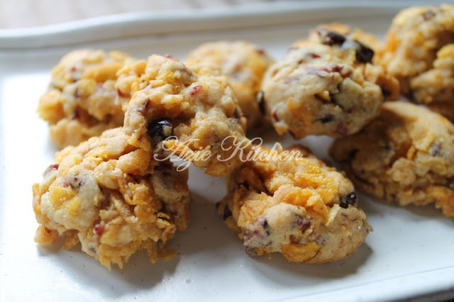 Biskut Cranberry Cornflakes Yang Sedap