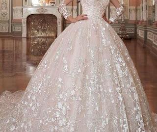 تفسير رؤية فستان الزفاف في الحلم