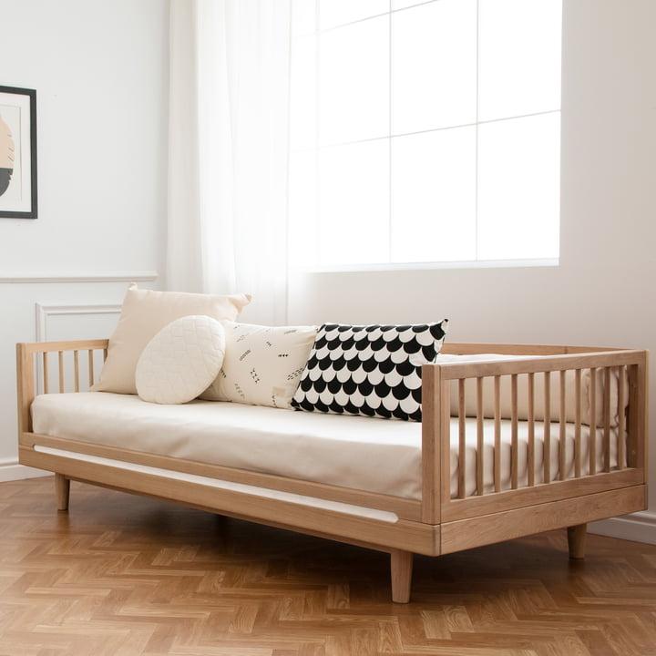 łóżko z funkcją siedzenia