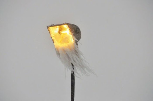 Обледенілий ліхтар