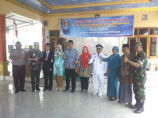 Danramil Gandrungmangu Hadiri Upacara Pengambilan Sumpah Jabatan : Perangkat Desa Wringinharjo Jabatan Kepala Seksi Kesejahteraan