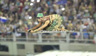 Mocidade Independente de Padre Miguel Carnaval 2017 Rio de Janeiro Cezar Loureiro Riotur - Literatura no Samba - por Verônica Daniel Kobs